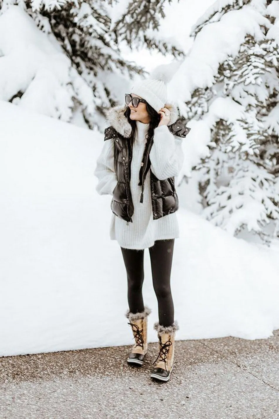 22 Lovely Women Winter Outfits Ideas Enjoy The Snow
