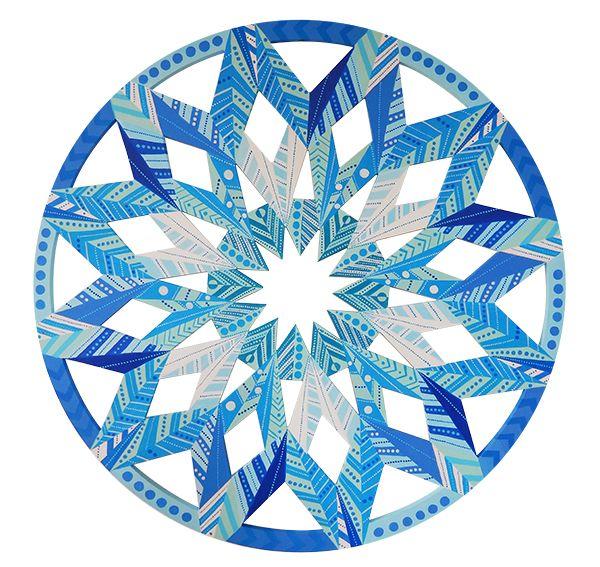 Mandala Flor de Diamante  Mandala Diamont Flower  Wood's Mandala painted of acrylic ink.  Size: 85cm x 85cm Technique: Acrylic Brazil 2015