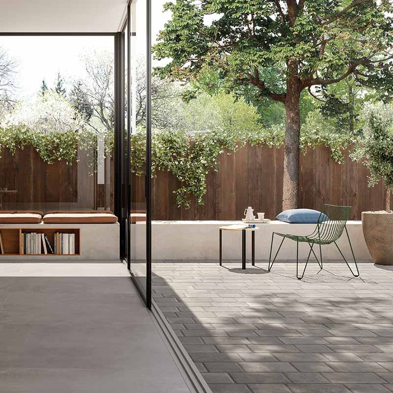 Italgraniti Icone Bleu Gris Terrassenplatte 20 X 30 Cm In 2020 Terrassenfliesen Terrassenplatten Und Terrassengestaltung