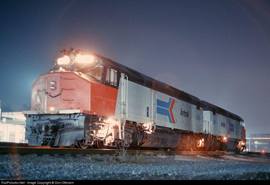 Photo AMTK 588 Amtrak EMD SDP40F at