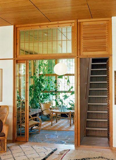 Villa Mairea 1938-1939 / Alvar Aalto Vu sur le jardin japonais - escalier interieur de villa