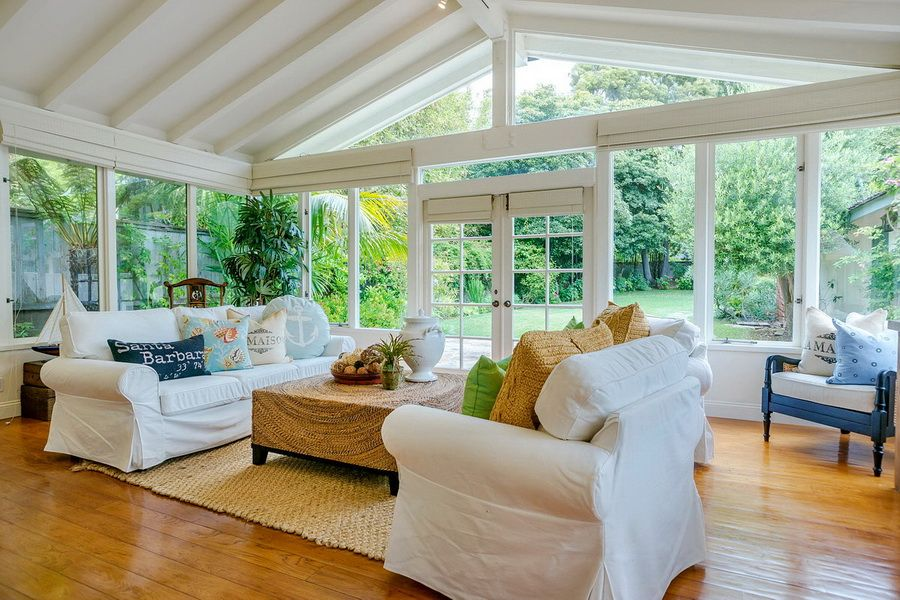 Nautical Cottage Blog Casual And Comfortable Beach House - Cottage sunroom decorating ideas mesmerizing sunroom decorating ideas