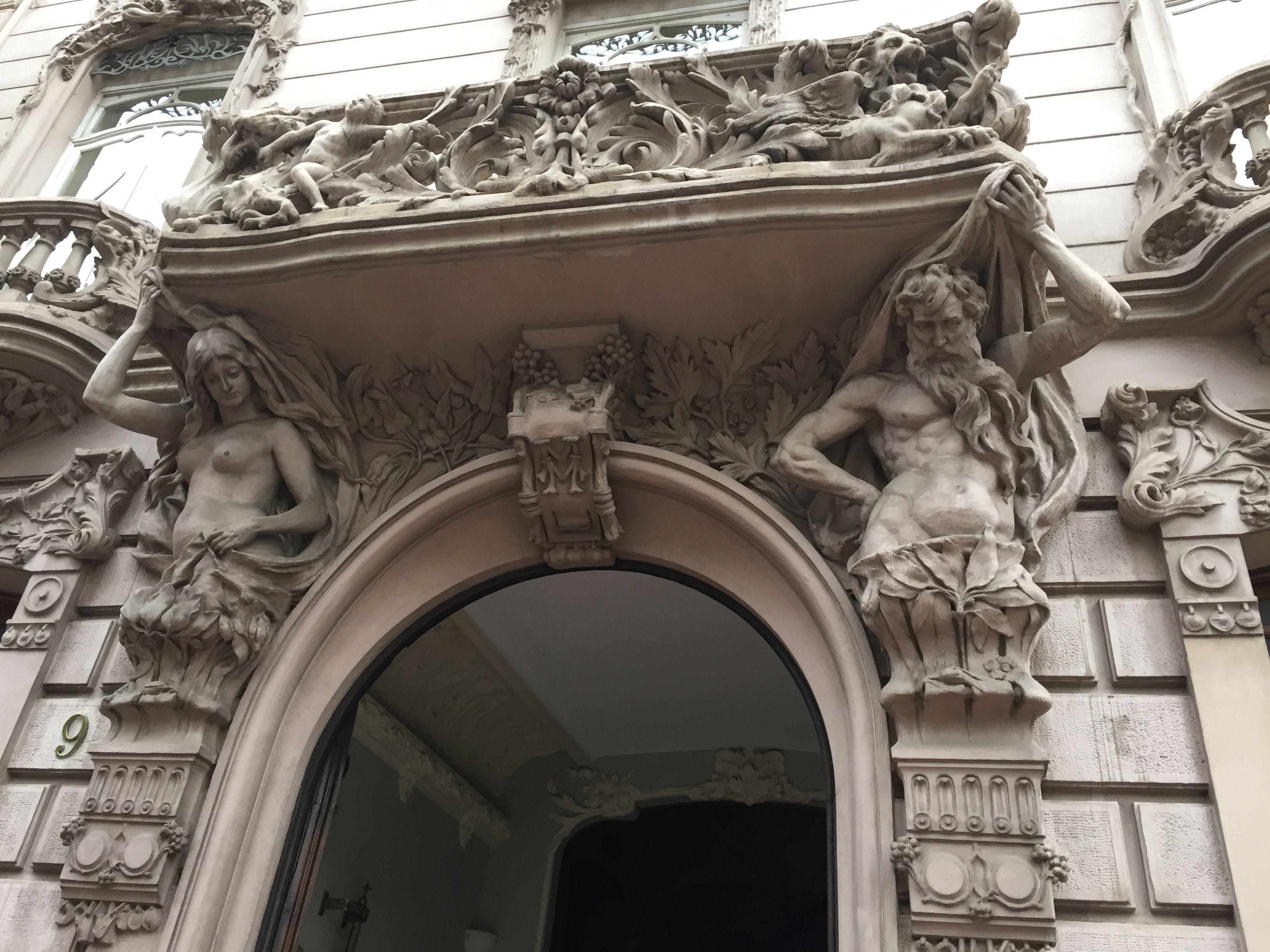 Casa Ortega Valencia Espa±a 1904 Art Nouveau Arquitecto Manuel Peris Ferrando Edificios modernistas Pinterest