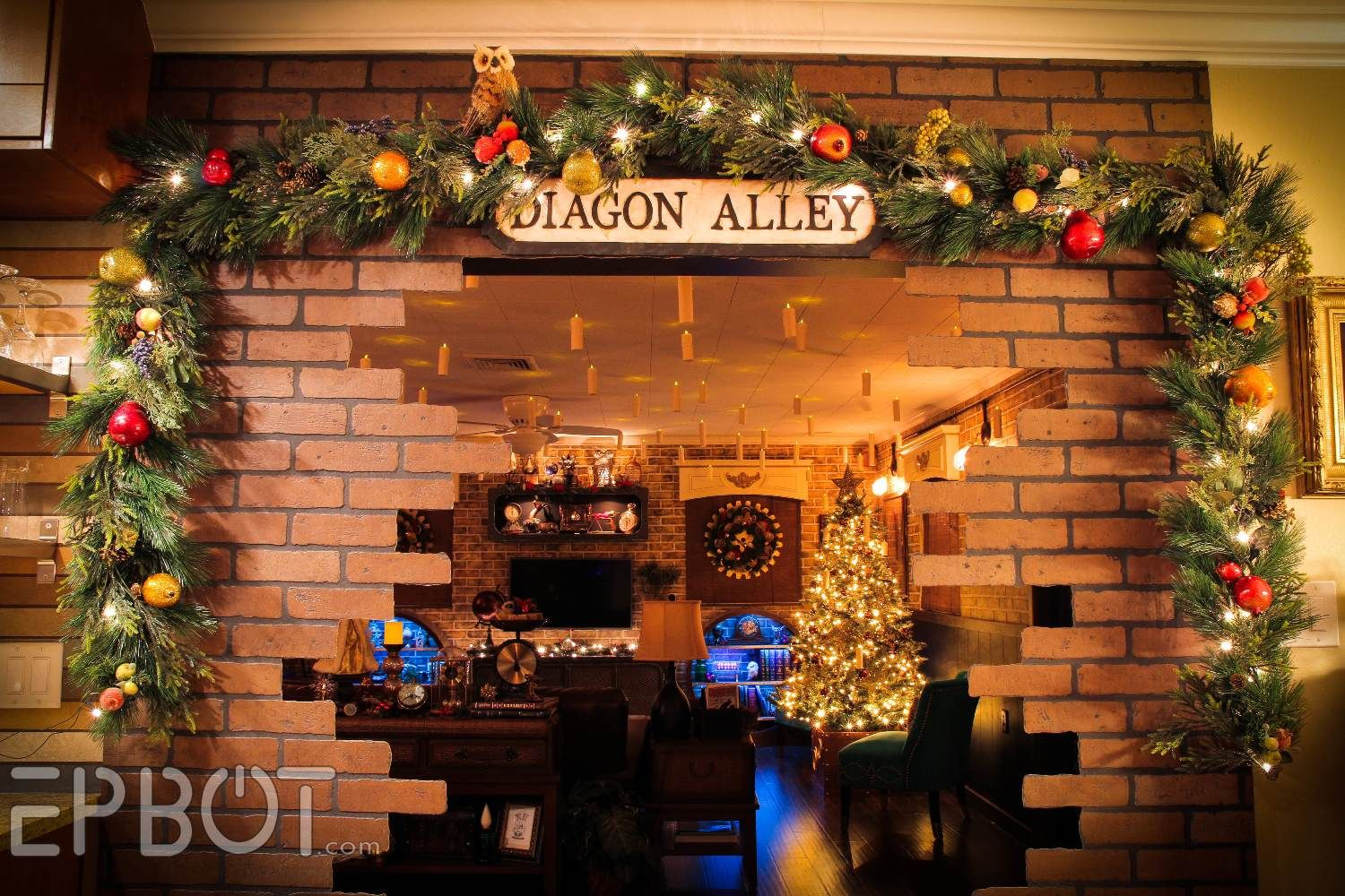 harry potter themed christmas decorating ideas galore - Harry Potter Christmas Decorating Ideas