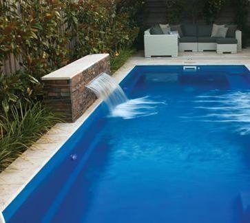 Pin de conchi carrasco moreno en patios y terrazas for Diseno de piscinas en fibra de vidrio