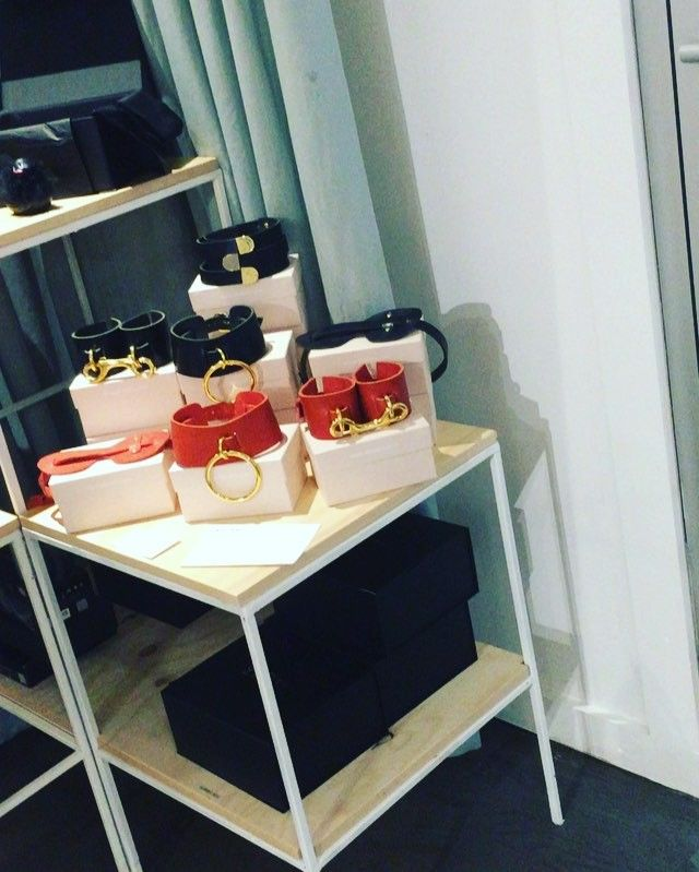 Let me take you on a tour of the store.... Part 6 #ahafront #ahamoment @ahalife #luxury #lifestyle #DUMBO #sexy @absidem #elizabethweinstock @vanderpop