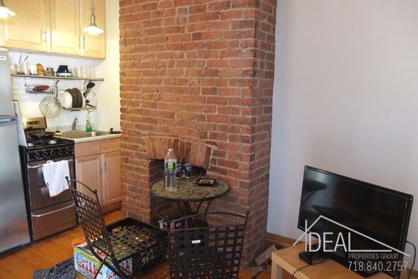 2 Br Floor Through In Gowanus With Views Ny Townhouse Nyc Real