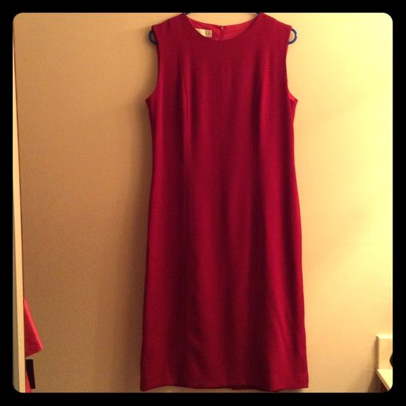 Doncaster Red Calf-Length Wool Sheath Dress 10 EUC 100% wool. Brand is very high quality & high end in NC. Dress is in fantastic shape, fully lined, & great for the upcoming seasons!  I have TONS more high end & designer items to list so please check out rest of my stuff! The more you buy, the better the deal! Thanks for looking! Doncaster Dresses