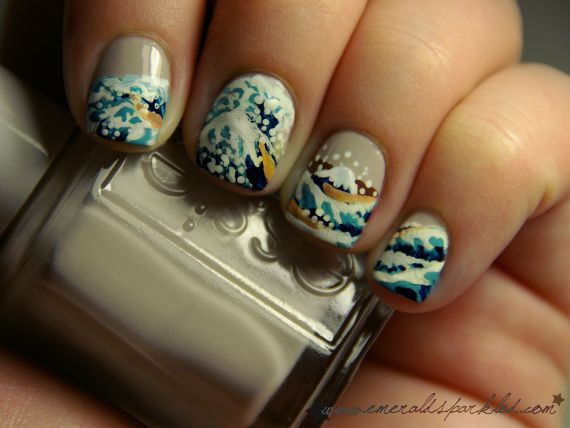 "Nails inspired by Katsushika Hokusai's ""The Great Wave Off Kanagawa"""