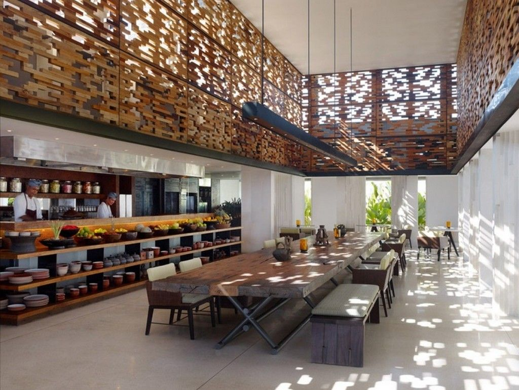 Villa Resort Timber Communal Dining Table And Traditional Wooden Chairs Also Wooden Slat De Interior Architecture Design Hotels Design Interior Architecture