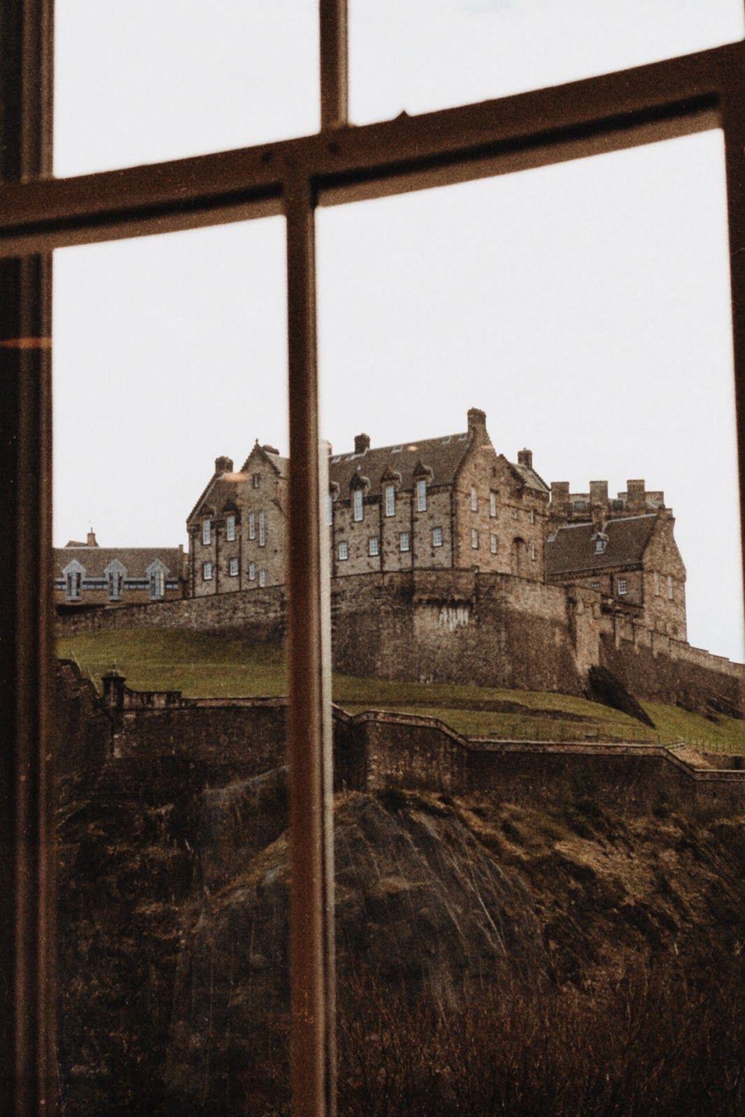 Kaydedilmis Fotograflar In 2020 Dark Aesthetic Slytherin Aesthetic Places To Visit