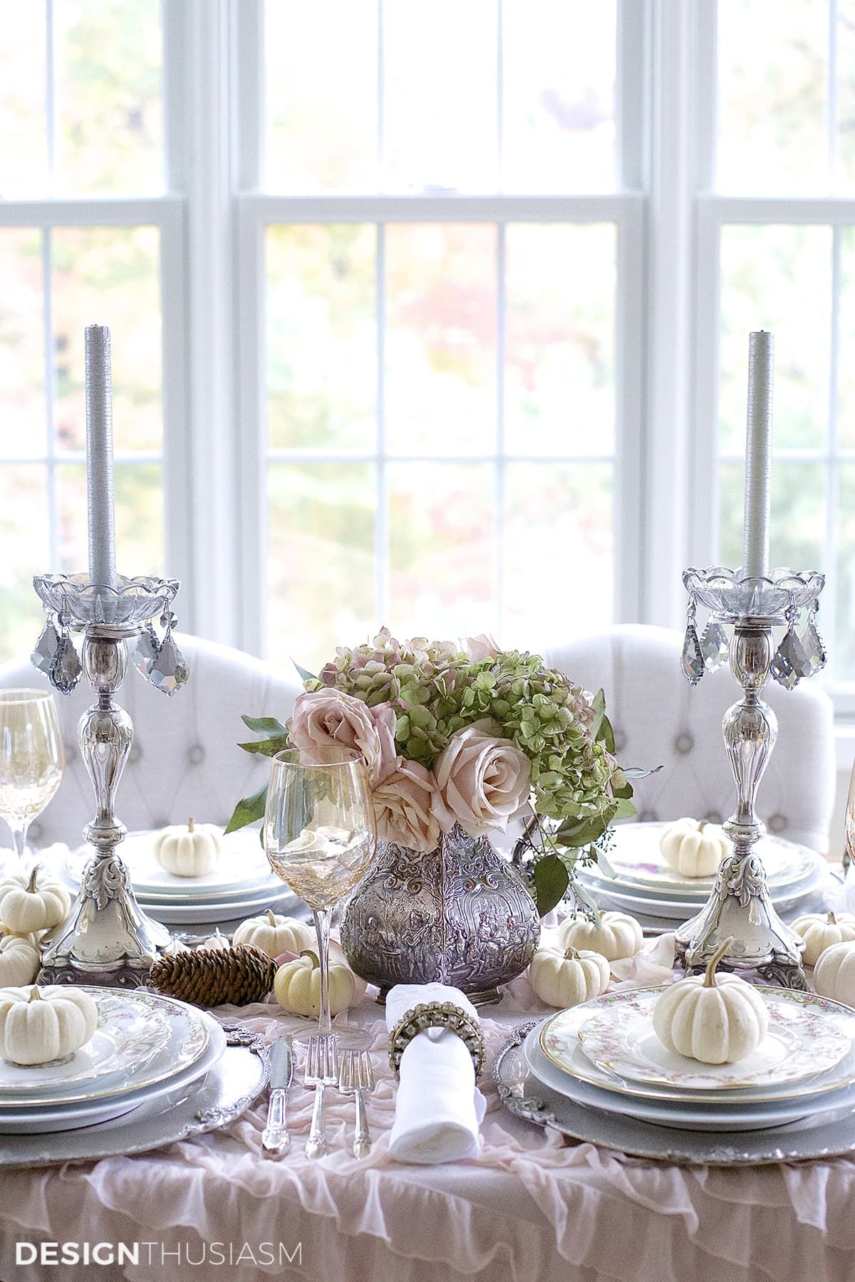 Thanksgiving Table Decor: My Top 12 Thanksgiving Table Setting Ideas #thanksgivingtablesettings