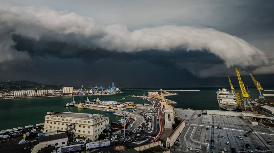More amazing shots from the photogenic #shelf cloud over #Ancona, #Italy, yesterday! Photos by Gianfranco Petraccini via Severe Weather Italy 5/8/2016