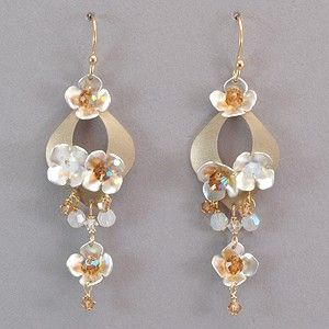 Holly Yashi Hawaiian Wedding Earrings Wedding earrings Hawaiian