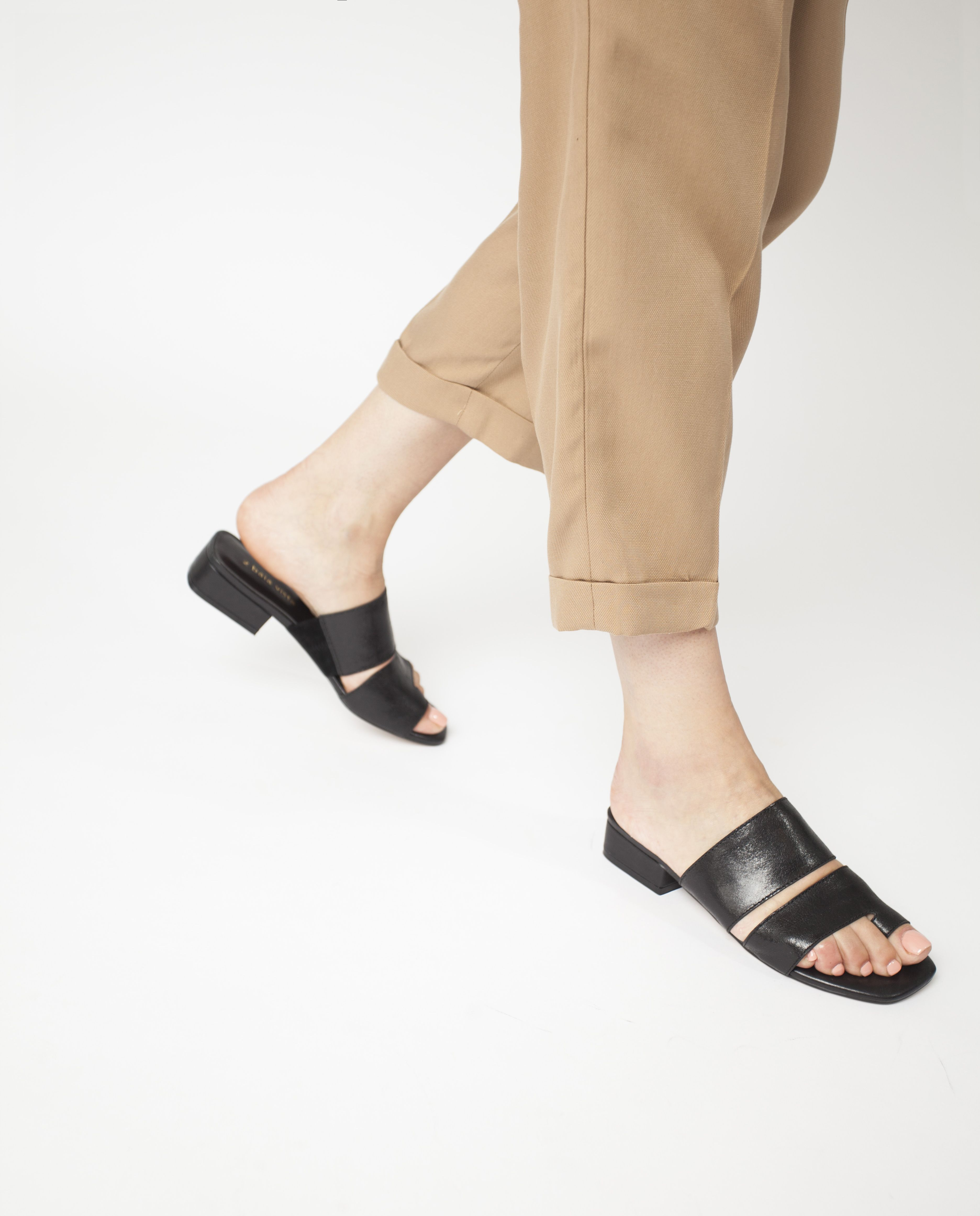 A Black Leather Sandal By 2 Baia Vista The Valencia Features A Multi Strap Upper A Toe Loop A Block Heel And A Leather Sandals Black Leather Sandals Heels