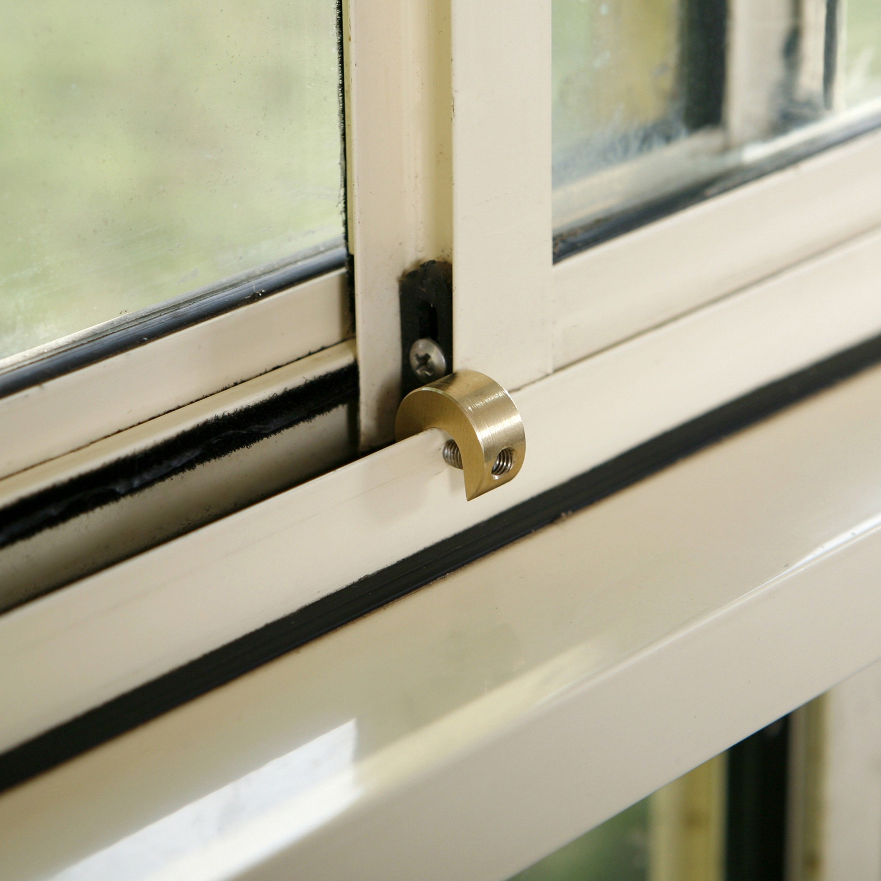 windowlocks for slide type of windows. Use this lock to