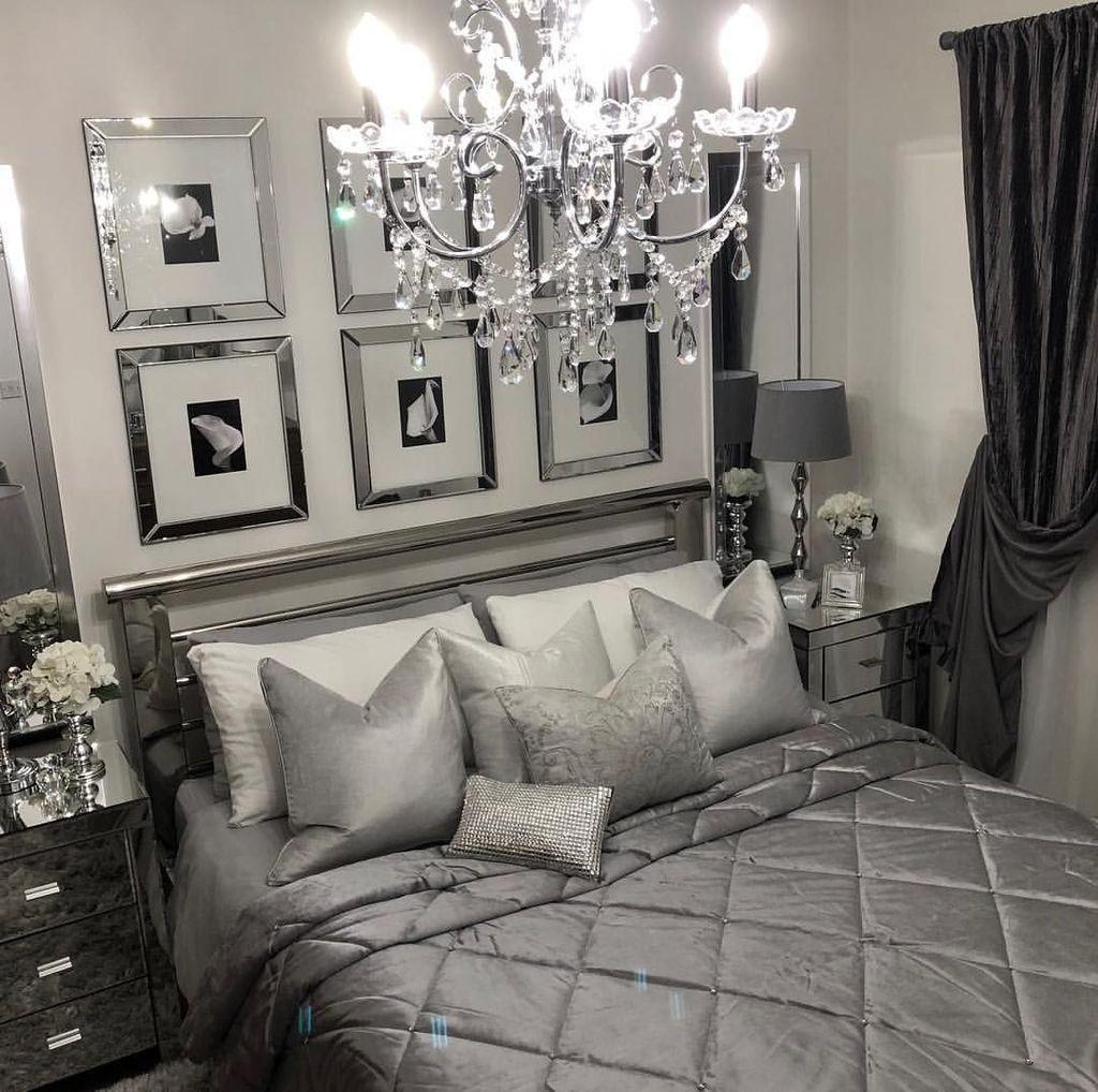 16+ Stylish Bedroom Chandeliers Ideas  Deco chambre, Idée chambre