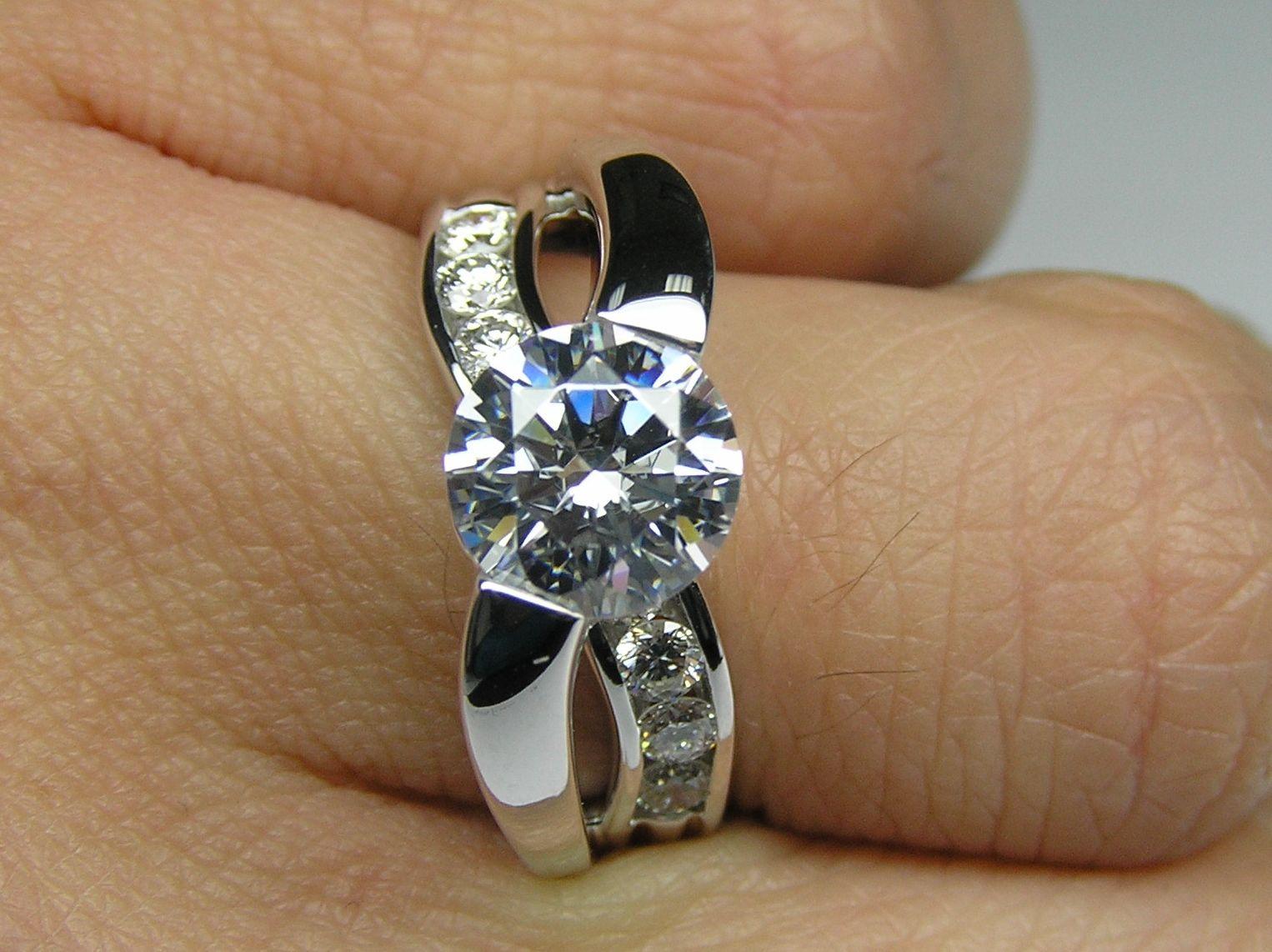 Engagement Ring Round Diamond CrissCross Bypass Bridge