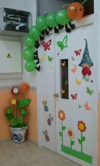Puerta primaveral1 educacion pinterest aula for Decoracion primavera manualidades