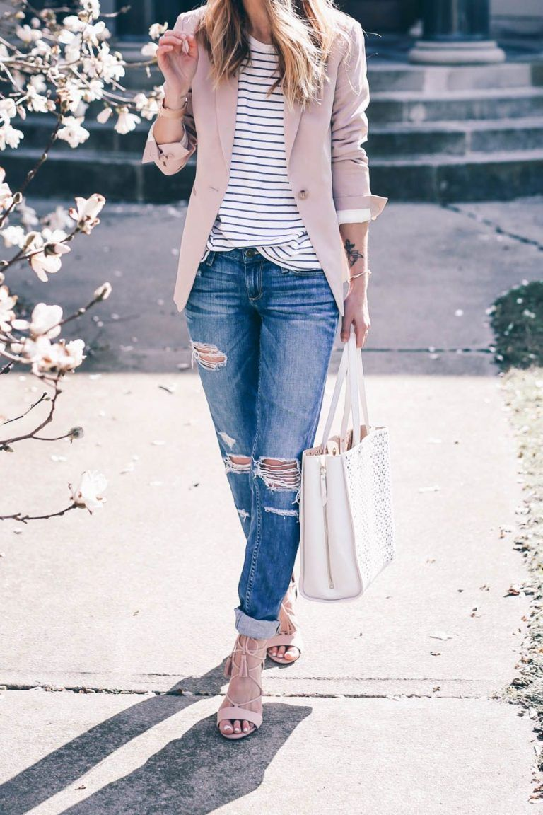 14 Beautiful Spring Outfits With A Striped Top Stylishwomenoutfits Com Pink Blazer Outfits Fashion Blazer Outfits
