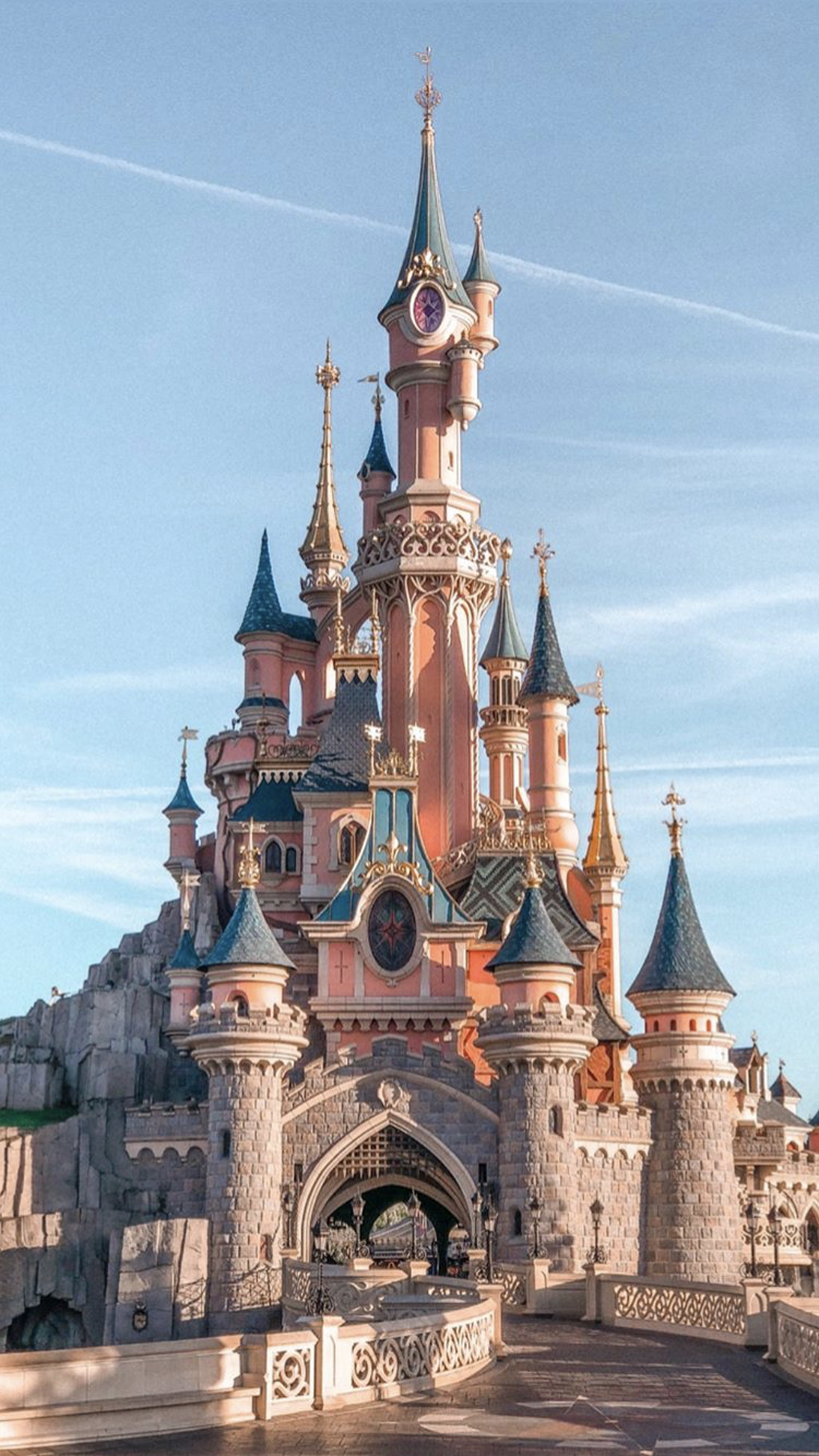 Disneyland Castle Disney Phone Wallpaper Cute Disney Wallpaper Disney Wallpaper