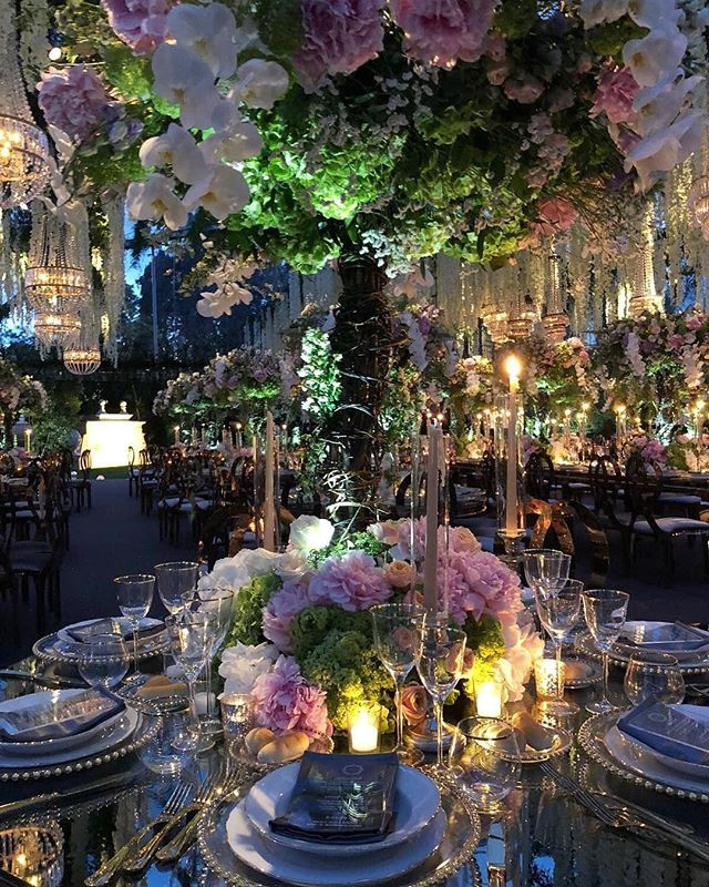 Celebrity Wedding Reception Decor: Enchanted By This Flawless #tablescape Filled With Elegant