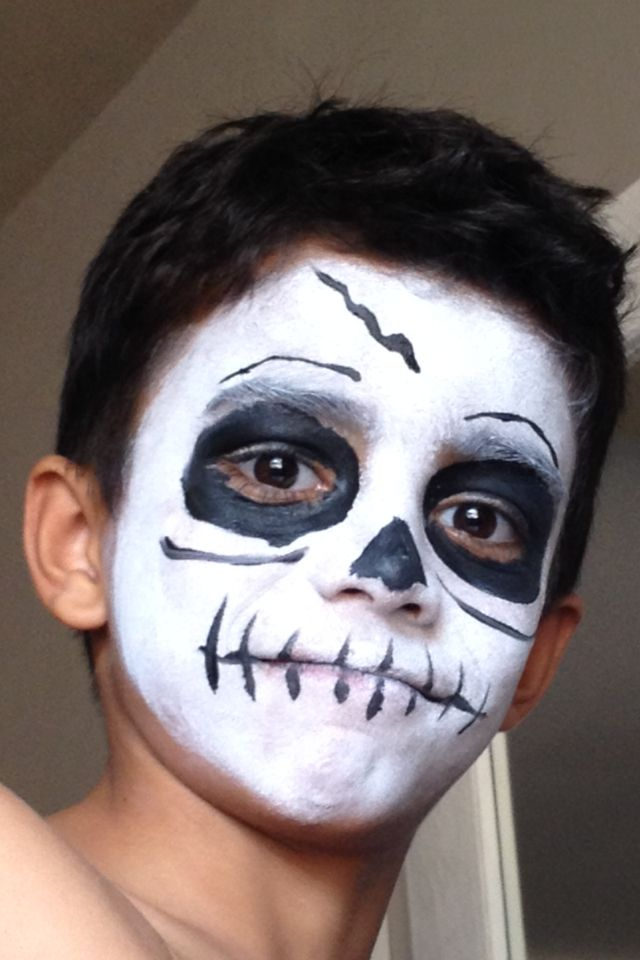Face painting for boys - skeleton Halloween Pinterest - maquillaje de halloween para nios