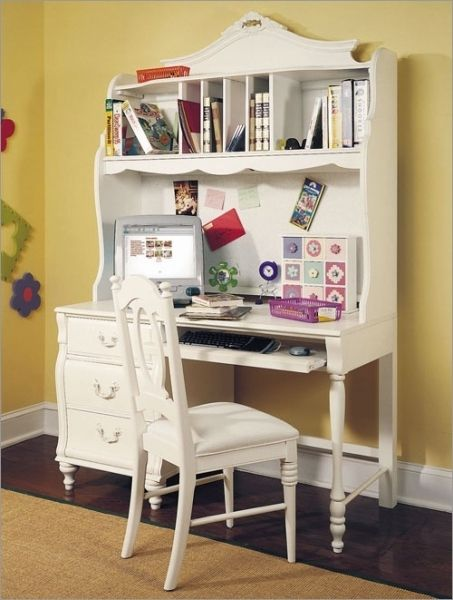Stanley Desk And Hutch Isabella Furniture Set Young America