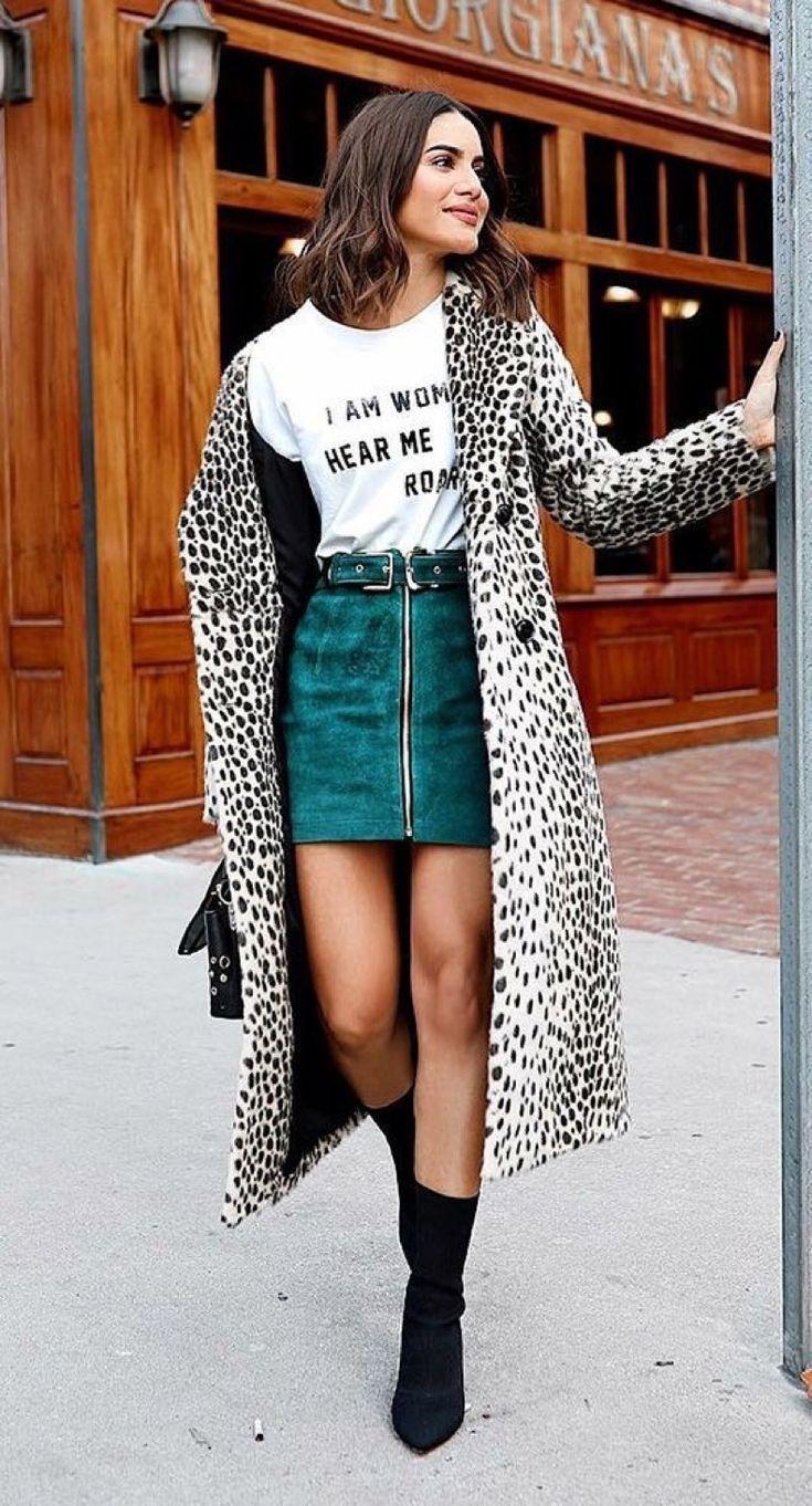 El Mejor Street Style Con Poleras Gráficas Para Usar Este Otoño  Cut  Paste  Blog de Moda