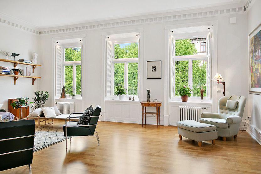 Suelo de madera de roble estilo n rdico en piso elegante for Decoracion de interiores clasico elegante