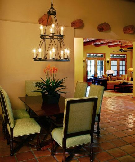 Large Niche Decorating Ideas: Dining Space Is Created In The Large Niche Between
