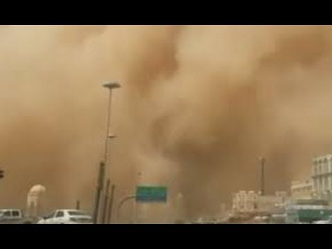 Large sandstorm hits the Middle East – in pictures