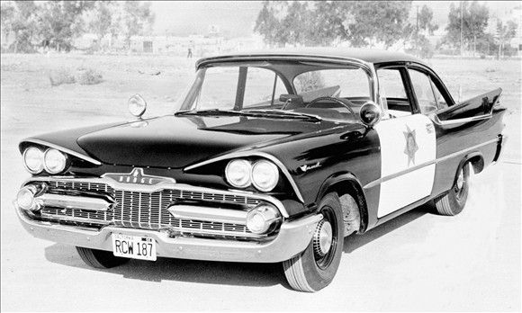 police-car-7///1956, Chrysler's first official police package was offered on Dodge Coronets. A year later, Dodge offered a package with the 325 Hemi engine, with a variety of performance enhancements and 310 horsepower.