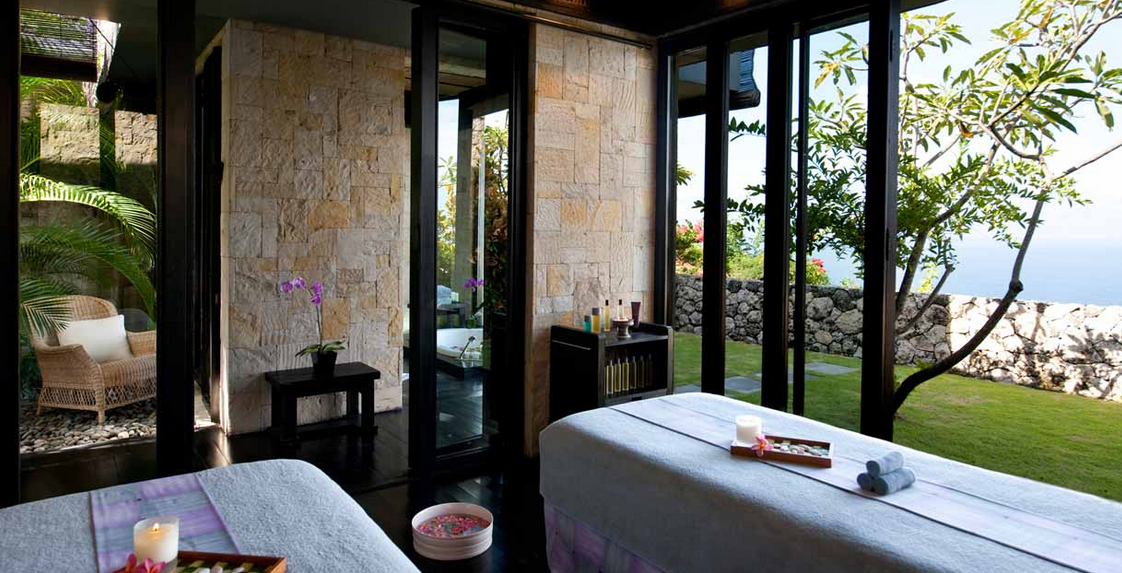 Countdown To Valentine S Day Favorite Romantic Experiences 4 A Balinese Cliff Top Couples Massage Overlooki Bulgari Resort Bali Bali Resort Hotels Design