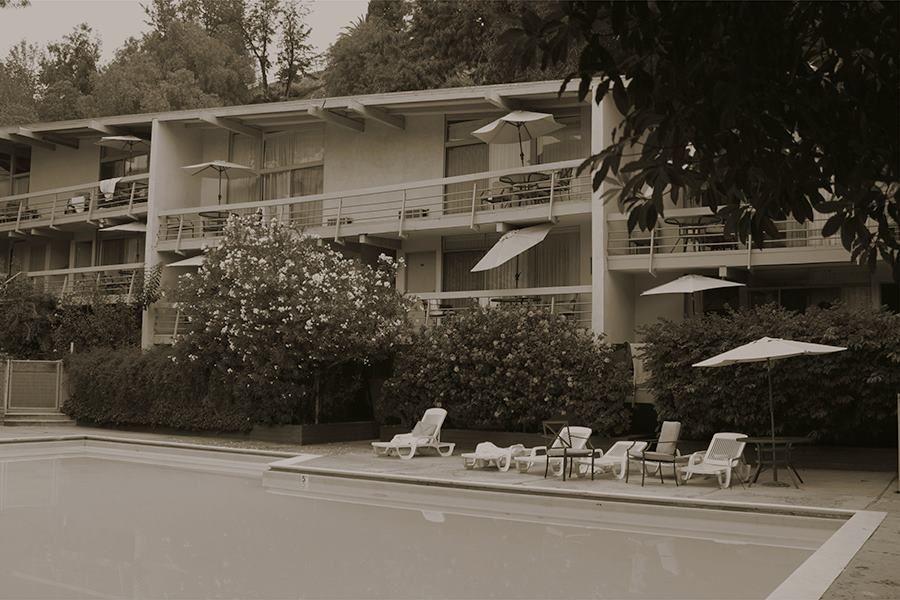 Room 105 Of The Landmark Hotel Now The Highland Gardens Hotel Franklin Avenue Hollywood
