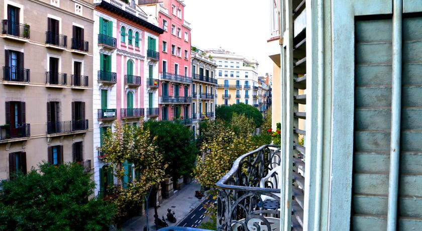 Superior Living Room City Center Hostel  Our Place In Barcelona Nov 11 Check In At  2pm Part 9