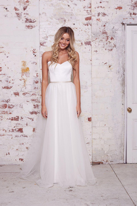 Maggie Skirt Overlay Karen Willis Holmes Wild Hearts Collection Gorgeous Wedding Dress Wedding Dresses Sydney Wedding Dress Sizes