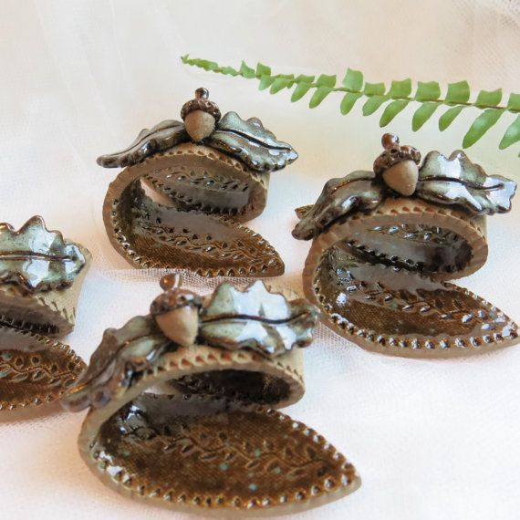 Pottery Acorn Napkin Rings / Ceramic Napkin Holders / Fall Tableware / Leaf Theme Place Setting / Autumn / Harvest Buffet Table Decoration