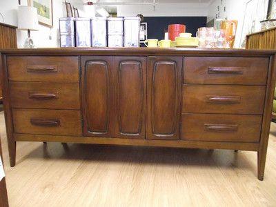 Broyhill Premier Emphasis Collection Mid Century Modern