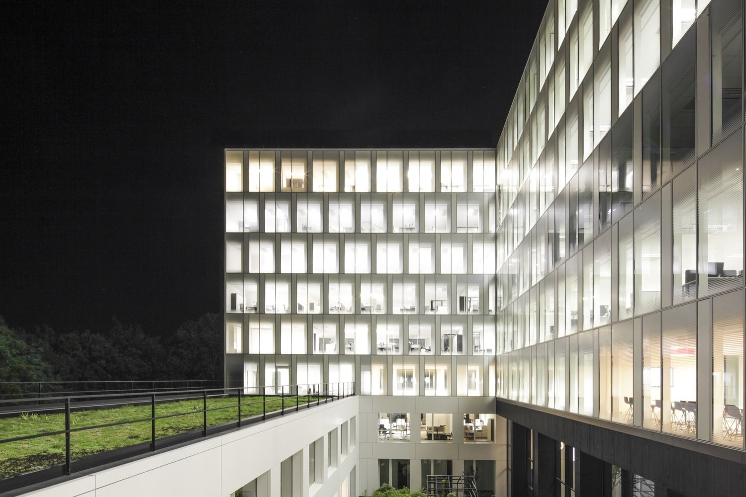 Gallery of Headquarters 'Le Duff Group' / Ateliers 2/3/4/ - 20
