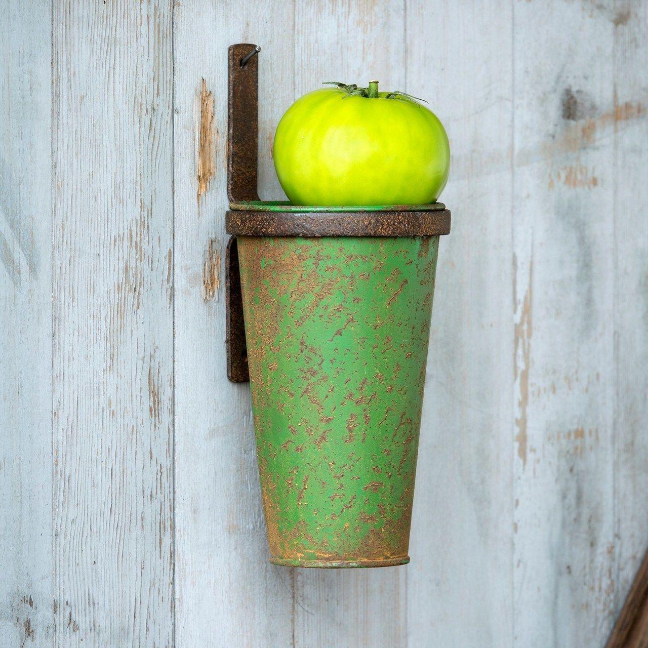 Metal Hanging Flower Vase with Bracket Marmalade