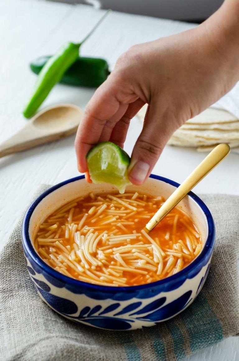 How to Make Sopa de Fideo « Dora's Table | Vegan Mexican Recipes #easymexicanfoodrecipes