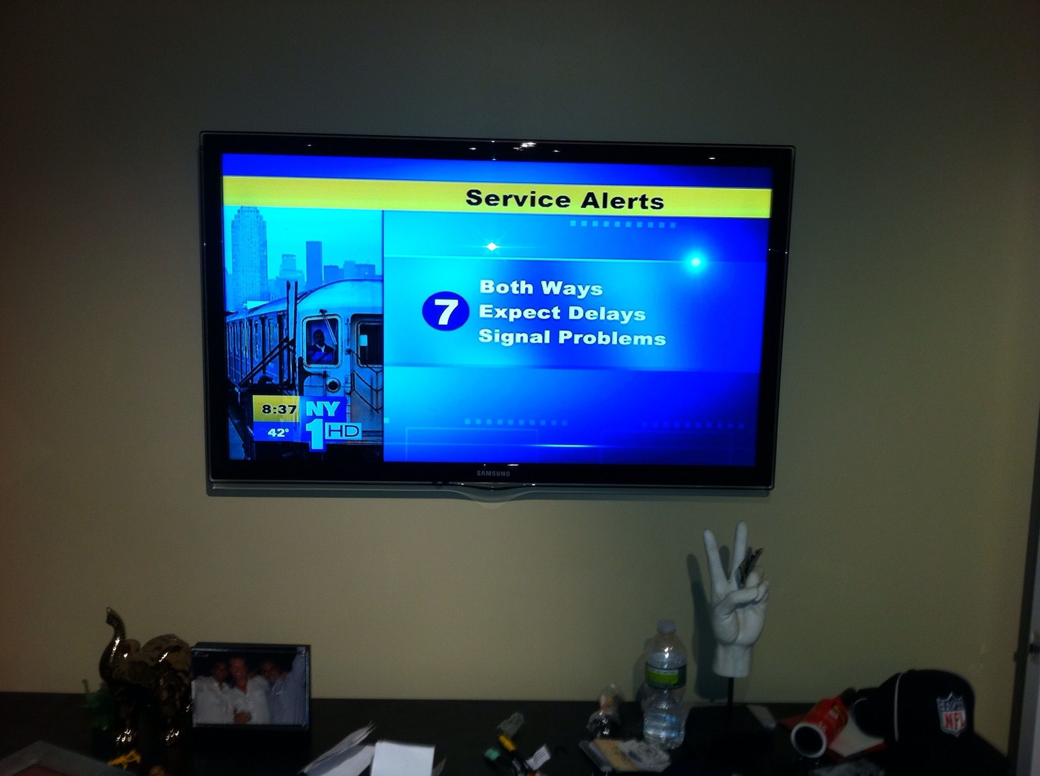 Samsung flat screen tv wall mounted with concealed wiring for Samsung tv wall mount