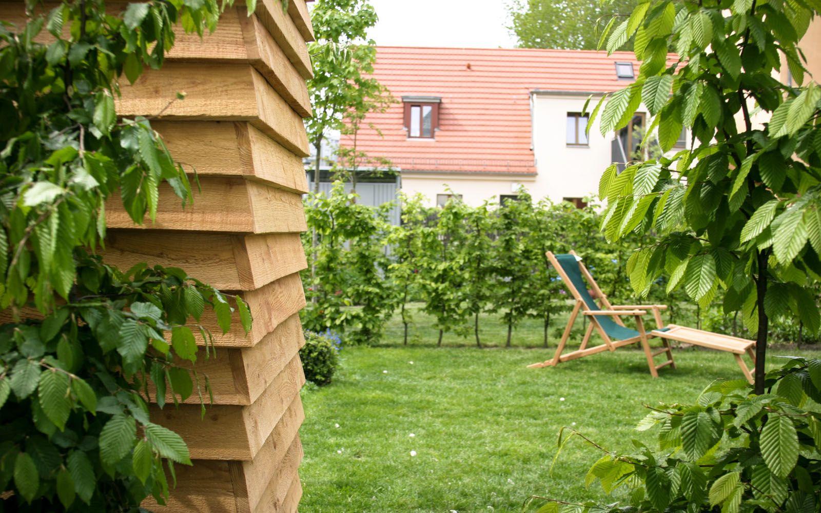 Gartenschrank Gerateschrank Werkzeugschrank Stauraum Gartenschrank Werkzeugschrank Holzbank