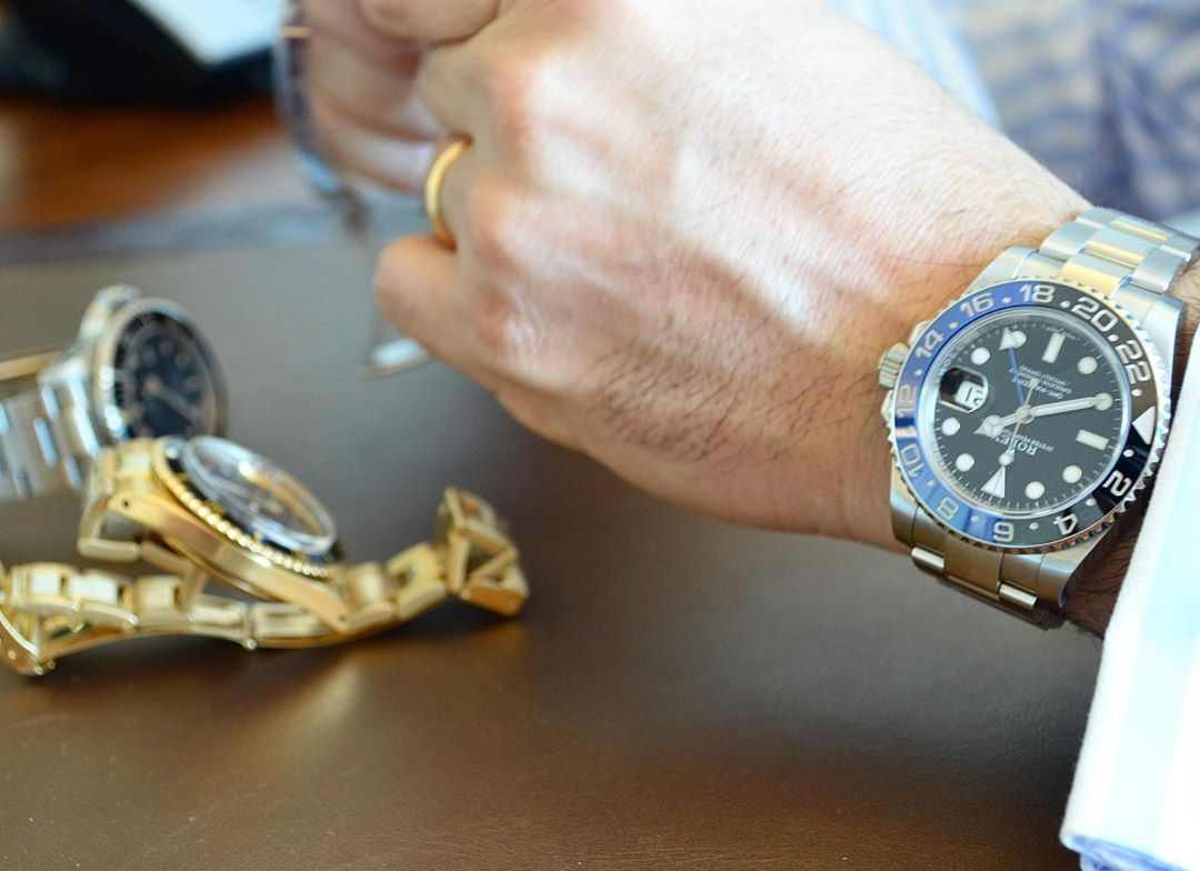 Today Our Experts Are In Zurich For A Free Valuation Day Antiquorum Swiss Fo Antiquorumswiss Day Experts Fo Free Today Swiss Accessories Zurich