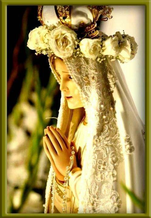 Pin De Flores Da Eucaristia Em Igreja Catolica Noiva De Cristo