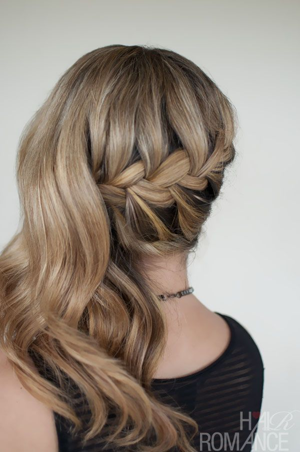 Romantic Side Swept French Braid Holiday Hair Inspirations Hairstyles Weekly Side Ponytail Hairstyles Hair Styles Hair Romance