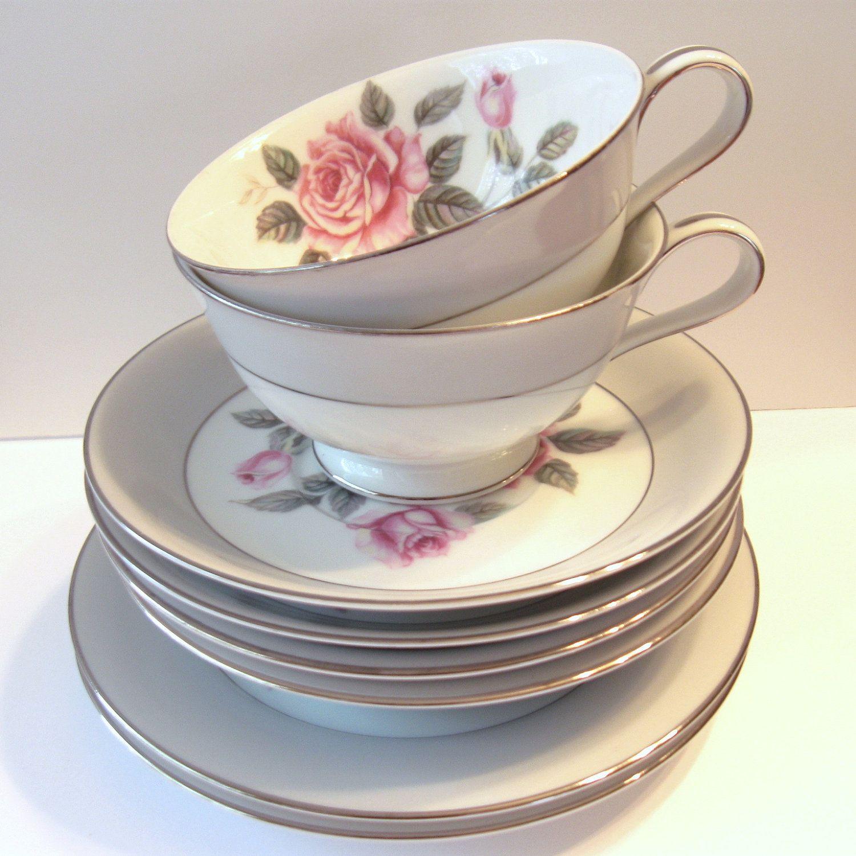 Arlington brand tea set #vintage #rose