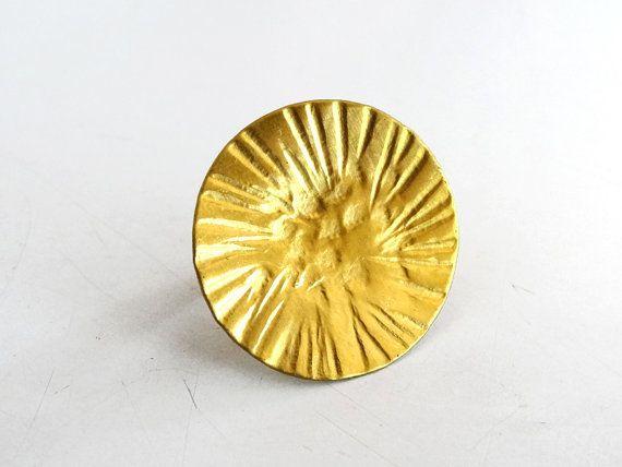 Shiny Sun Ring Hammered Brass Ring Sun Texture By Ashkalshop 12 00 Hammered Brass Rings Alternative Wedding Rings Brass Ring
