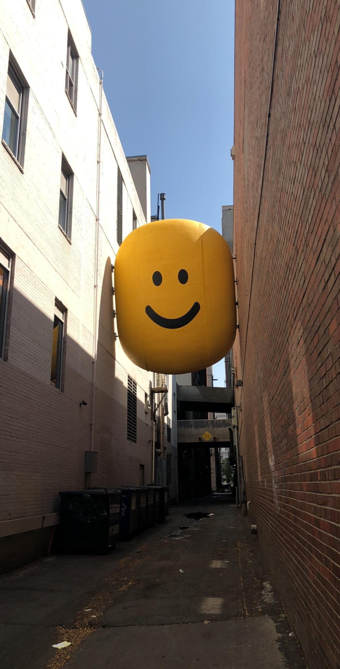 I Found A Giant Roblox Like Smiley Face In An Alley Way In Denver Colorado Roblox Denver Colorado Colorado